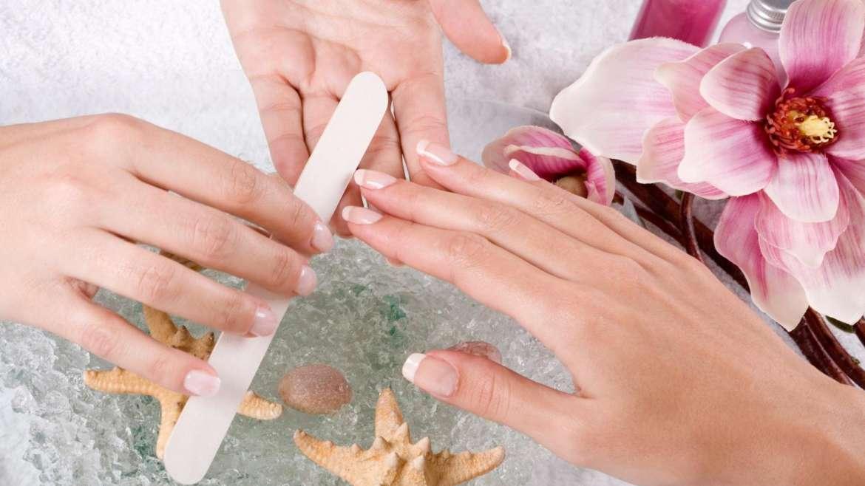 De ce sa nu pilim suprafata unghiilor?