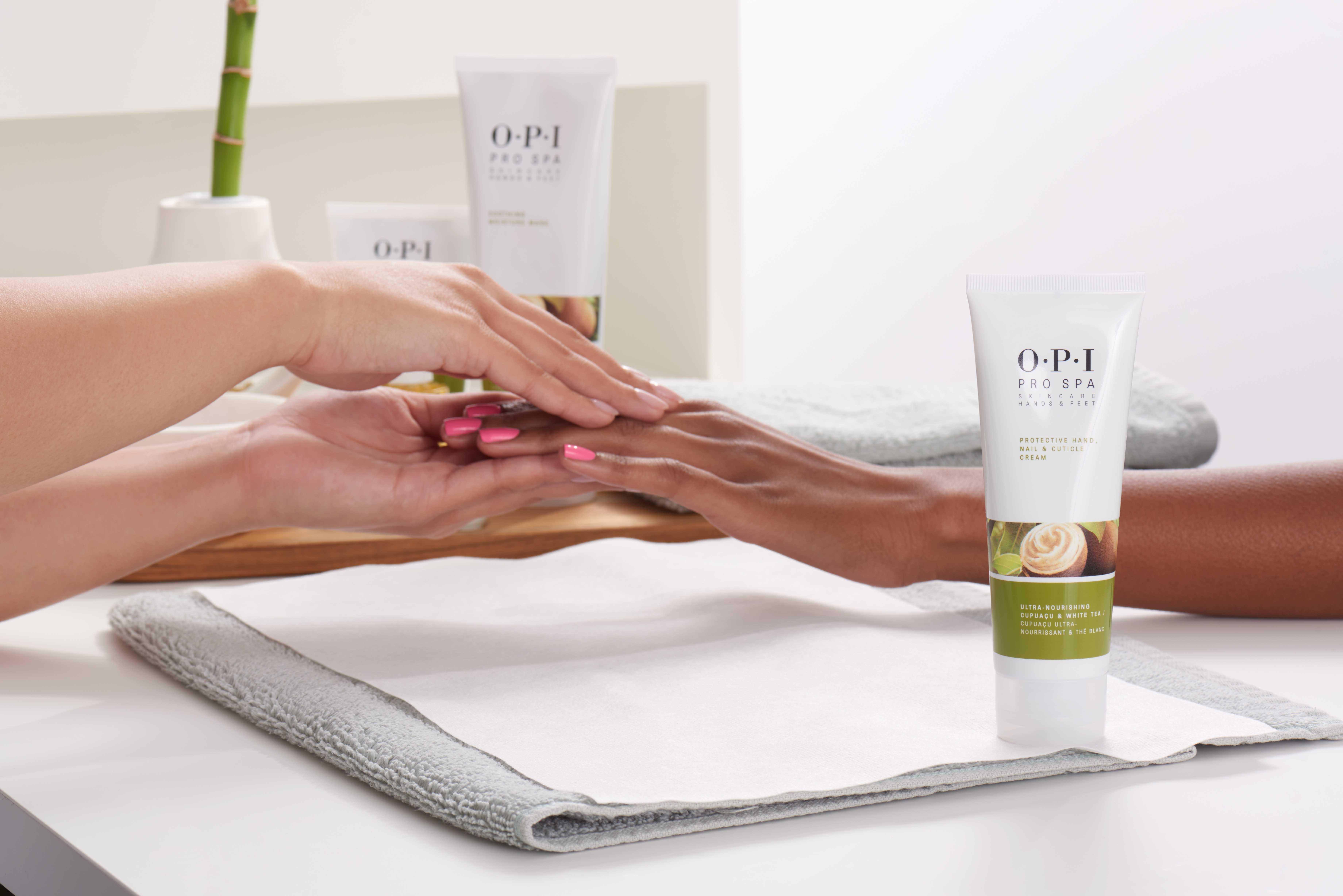 OPI Pro Spa sau cum să îți răsfeți mâinile și picioarele cu un tratament inovator